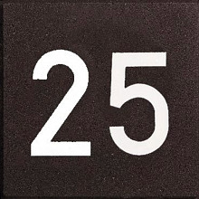 Cijfertegels 30x30x6 Zwart voorzien van 2 witte cijfers (15cm hoog)